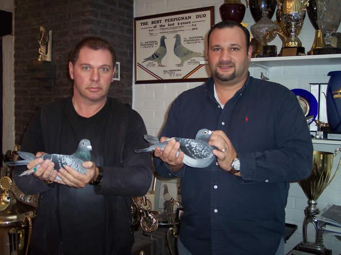 ★ベルギーナンバーワンの称号「ゼネラルチャンピオン賞1位」を獲得したエリック・ランブール鳩舎(左)。